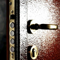 kak-proizvesti-naruzhnuju-otdelku-vhodnoj-dveri-1