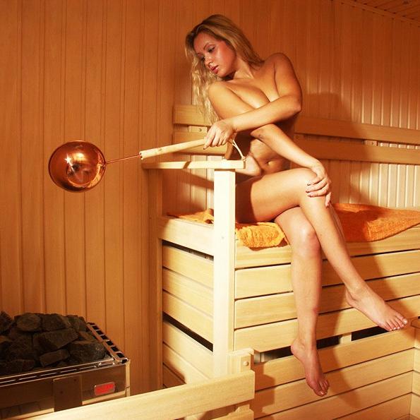 ГэнгБэнг ебут в пизду и жопу » Смотреть короткие порно ролики онлайн. Домашнее порно зрелых жён и молодых студенток, ебля девушек со спермой на лице и жёсткая онлайн порнуха на SmotrelPorno.ru