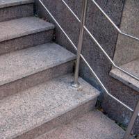 kak-vybrat-granit-1
