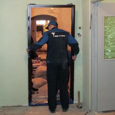 сколько стоит установка дверей входных